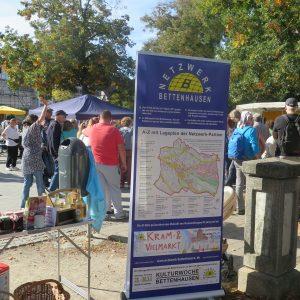Kram- & Vielmarkt auf dem Dorfplatz Bettenhausen